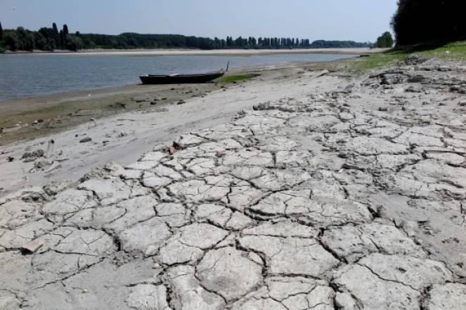 Destra po territorio modenese falde acquifere - Letto di un fiume in secca ...