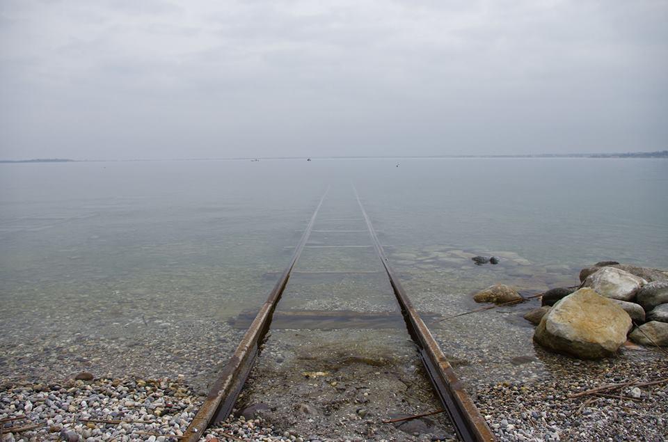 binario nel Lago di Garda