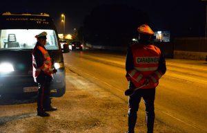 carabinieri in azione di pattugliamento